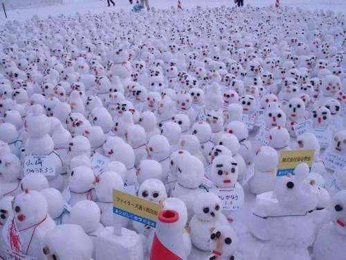 """Snow men"""